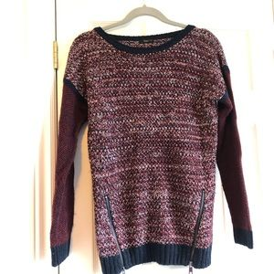 DEX navy and burgundy sweater with zipper details